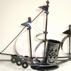 356-13 Suport pix CORABIE - Figurina tehno metal - 20x17x5 cm colectie hand made