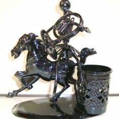 356-15 Suport pix cu CAL - Figurina tehno metal - 15x16x8 cm colectie hand made