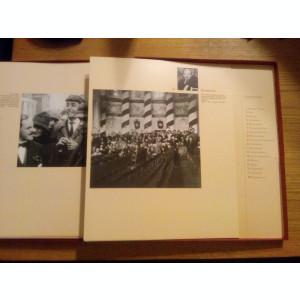 VLADIMIR ILICI LENIN --  Imagini - Portrete * Album ( casteta ) cu 18 planse duble si text despre V.I. Lenin