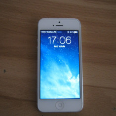 Apple IPhone 5 64GB Alb Neverlocked, Neblocat