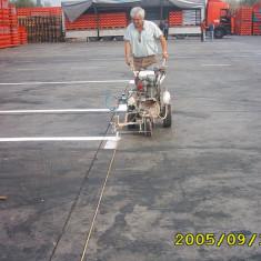 Maşina marcaj rutier manuala