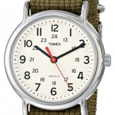 Timex Unisex T2N651 Weekender   ORIGINAL 100%   Livrare cca 10 zile lucratoare   Plata 3 rate fara dobanda   Aducem pe comanda orice produs din SUA