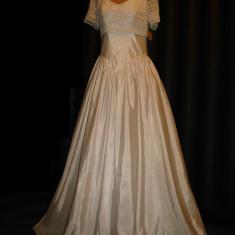 Rochie de mireasa Isabel de Mestre - Bella Paris