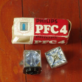 vintage -- set 2 bucati Bec blitz - PHILIPS photoflux PFC4 !!!