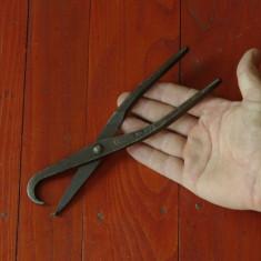 Scule - unelte vechi - cleste model deosebit - metal !!! - Metal/Fonta