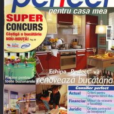 """""""Perfect pentru casa mea"""", revista de consiliere pentru constructii,, 8- 2004"""