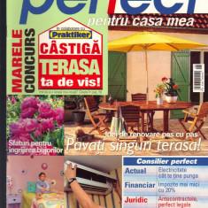 """""""Perfect pentru casa mea"""", revista de consiliere pentru constructii,, 6- 2004"""