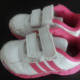 Adidas fete original 3 ani marimea 8UK - Adidasi copii, Culoare: Alb