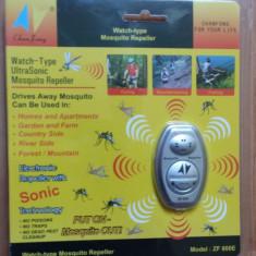 Aparat ultrasunete portabil anti-tantari Mosquito Repeller