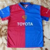 Tricou FC Basel Toyota; marime XS:44.5 cm bust,50 cm lungime, 40 cm umeri;ca nou