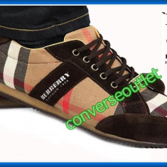 Pantofi sport - Burberry London - Model Casual - Deosebiti - Pret special - LIVRARE GRATUITA - - Pantof barbat Burberry, Marime: 44, Textil, Maro