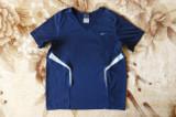 Tricou Nike Dri-Fit; marime M: 47 cm bust, 45 cm lungime; impecabil, ca nou, Maneca scurta