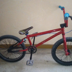 Bmx full mongoose - Bicicleta BMX Mongoose, 16 inch, Numar viteze: 1, Negru-Rosu, Fara amortizor