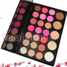 Trusa Machiaj 26 culori cu blush si pudra Fraulein38 Bohemian Chic trusa farduri - Trusa make up