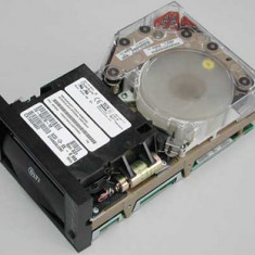 HP DLT8000 Tape Drive Storage Works 154871-003 / 146198-005 - Internal 40/80GB LVD/SE SCSI - Carbon - NOU