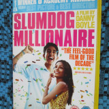 SLUMDOG MILLIONAIRE (VAGABONDUL MILIONAR) - film DVD (original din ANGLIA, in stare impecabila!!!)