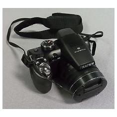 Fujifilm S4200 - Aparat Foto Fujifilm FinePix S4200