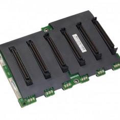 HP 263035-001 ProLiant ML370 G3 SCSI Hard Disk Backplane - NOU