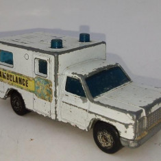 Macheta MATCHBOX Superfast nr. 41 - Ambulanta 1977, Lesney, fabricata in Anglia - Macheta auto