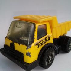 Macheta TONKA - AUTOBASCULANTA, fabricata in Hong Kong, anii '70 - Macheta auto