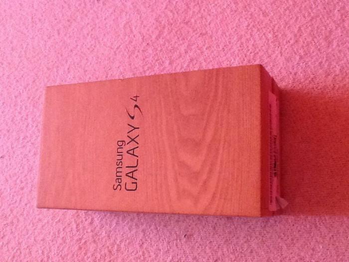 Samsung Galaxy S 4 foto mare