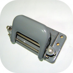VINTAGE_PERFORATOR VECHI CEHOSLOVACIA; anii 70-80, functiional, cu marcaj - Masina de perforat