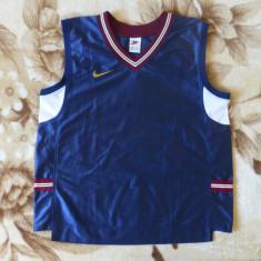 Tricou superb Nike; marime XL: 60.5 cm bust, 57 cm lungime, 45.5 cm umeri - Tricou barbati Nike, Culoare: Din imagine, Maneca scurta
