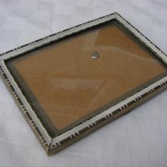 Rama veche cu patina si geam de sticla convexa - Metal/Fonta, Altul
