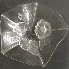 Bomboniera din sticla cu motive florale !!!