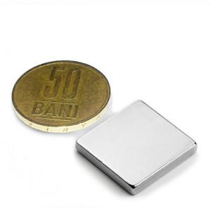 Magnet puternic neodim 20x20x03mm N45  pentru inginerii, sisteme prindere, generatoare