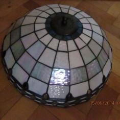 Lampa, lustra veche pentru tavan stil Tiffany