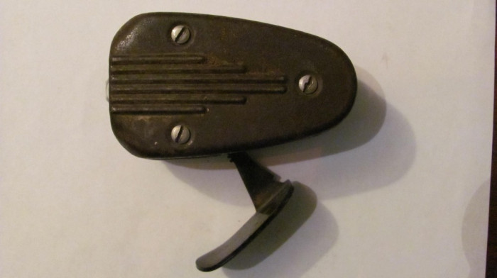 PVM - Lanterna militara PHILIPS functionala fabricata in Olanda WW2