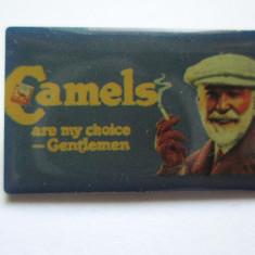 Insigna straina, reclama pentru tigarete Camels, America de Nord