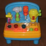 Banc de lucru cu unelte de jucarie