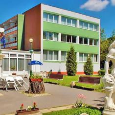 Komfort Hotel Platán Harkány, Ungaria - 2 nopți 2 persoane în cursul săptămânii cu demipensiune, cu intrare de 1 zi la băile balneare - Circuit - Turism Extern