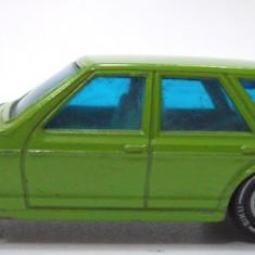 SIKU-SCARA 1/58 -VW PASSAT VARIANT -++2501 LICITATII !! - Macheta auto Siku, 1:64