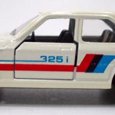 MAJORETTE-REGULAR-SCARA 1/64 -BMW 325 i - ++2501 LICITATII !! - Macheta auto