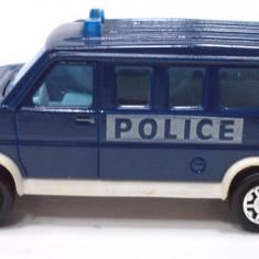 MAJORETTE-REGULAR-SCARA 1/64 -U.S. VAN POLICE - ++2501 LICITATII !! - Macheta auto