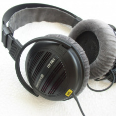 Casti Beyerdynamic DT 801, Casti Over Ear, Cu fir, Mini-jack Stereo 6.3 mm/3.5 mm, Active Noise Cancelling