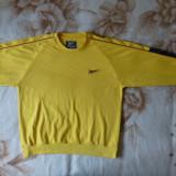 Bluza Reebok; marime M: 58 cm bust, 56.5 cm lungime,79.5 cm maneca pana la guler