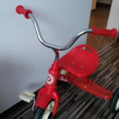 Tricicleta ITALTRIKE - fol de 2 ori, ca noua, superba - Tricicleta copii Italtrike, 2-4 ani, Fata, Rosu