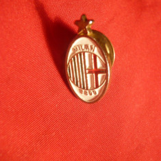 Insigna Fotbal Club Milan, h= 2, 1 cm, cu buton