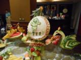 pepeni sculptati personalizati - bar de fructe