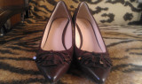 Pantofi damă, marca Guess by Marciano originale, culoare maro, piele naturală, mărimea 37, preț  150 RON, Cu platforma