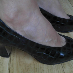 Pantofi din piele marimea 38, 5, arata impecabil! - Pantof dama, Culoare: Verde, Cu toc