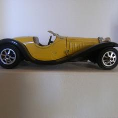 Masina de colectie macheta Bugatti , originala din metal, Type 55 (1932), made in Italia !