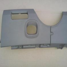 Fatada plastic sub bord Renault Megane 2 (pt an fab '02-'09)culoare bej, MEGANE II limuzina (LM0/1_) - [2003 - 2009]