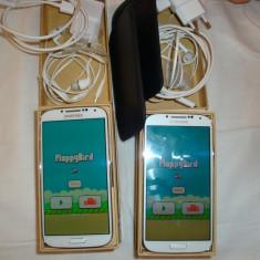 Samsung Galaxy SI9505 LTE Flappy Bird instalat - Telefon mobil Samsung Galaxy S4, Alb, 16GB, Neblocat, 1800-1999 MHz