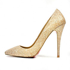 Pantofi Christian Louboutin Gold limited edition. LICHIDARE DE STOC! REDUCERI!