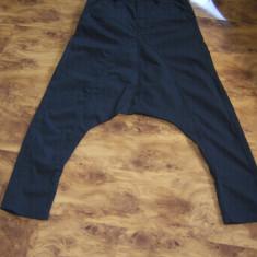 Pantaloni harem ABSOLUT JOY unisex, S/M, noi, fara eticheta MEGAREDUCERE - Blugi barbati absolut joy, Marime: S, Culoare: Negru, Lungi, Lasat
